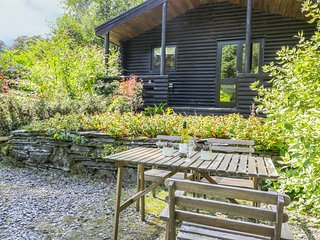 BUTTERMERE detached log cabin, shared grounds, close to Coniston in Greenodd Ref