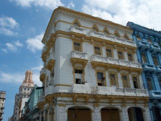 Charming Penthouse in Central Havana, CUBA