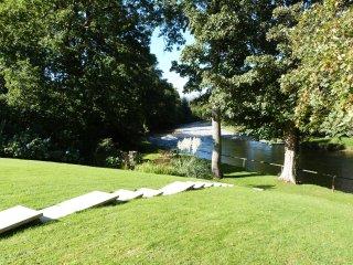 FELIN SHIP, high quality mill conversion, riverside setting, close to amenities