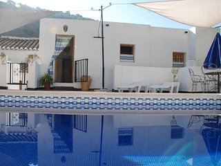 Peaceful picturesque rural houses in beautiful Iznajar - Casa Nispero