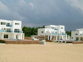 The Truth Beach Club and Luxury Villas ( ROOM-12 )