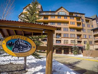 Zephyr Mountain Lodge - 1 BR - Only True Ski-In Ski-Out at Winter Park Base