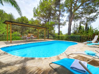 VILLA CAN OLIVER. Two houses in one, perfect for families & friends.