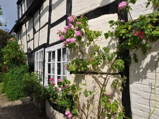 32346 Cottage in Stratford-upo