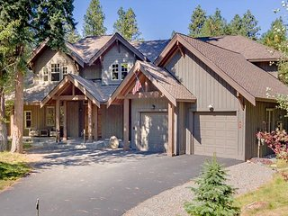 Stunning and Private Suncadia Retreat! 4BR | 5BA | Sleeps 12 | Hot Tub | WiFi