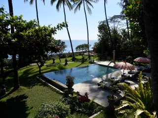 The Pisang - All Inclusive, Oceanfront Villa at The Mahalani