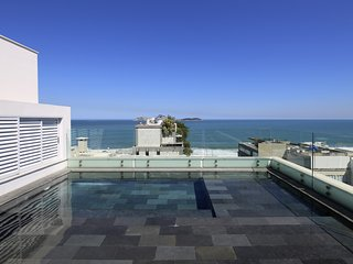 Rio002 - Fantastic penthouse in Ipanema with pool in front of the ocean
