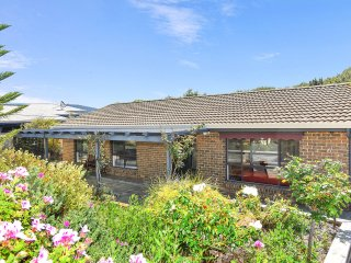 6 Barton Street - Great Location and an Easy Walk to the Beach