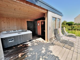Ker Gana, gîte pour 4 personnes, sauna, jacuzzi et poêle à bois