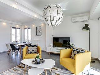 Cosy 2 bdr Apartment + balcony