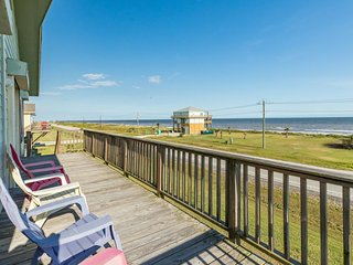 Dog-friendly beach house w/ covered mezzanine, oceanfront views, & beach access