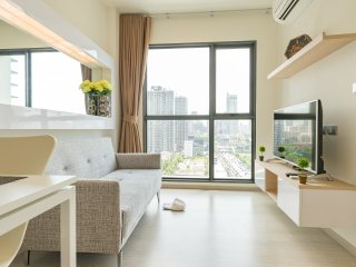 Japanese Style 1 BEDROOM 6 mins to MRT Phra Ram 9