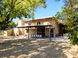Domaine Saint Quenin VAISON Mont Ventoux 5 etoiles grand luxe 4 a 26 personnes