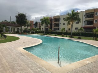 LUX CONDO 3 BED KING 3POOLS 3TVS 3A/C WIFI&CABLE