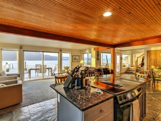 Waterfront 3BR Home on 'Gold Coast' of Hood Canal!