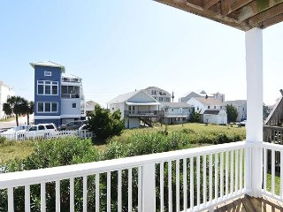 Tranquility Base - Updated duplex elevator, ocean and sound views, sleeps 12