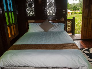 This stilted property offers a cool bedroom ensuring a good nights sleep.