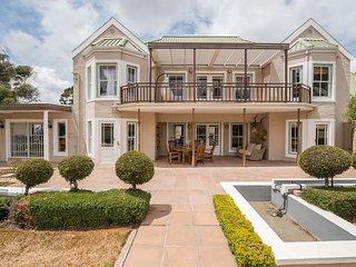 Roses Villa