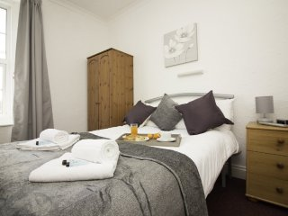 Diamond - The Weston Super Mare Guest House - Suite 9