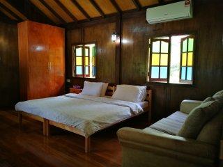 Sri Ketapang Beachfront - Teratak Mira