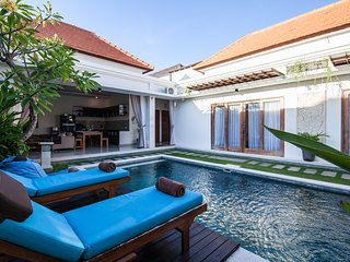 Chic 2BR Villa Seminyak next to Beach - Timgad