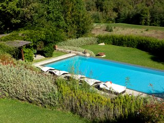 Casale with private pool in Chianti close to Florence