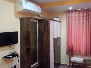 Family Room 2 Meera Motels And Residency