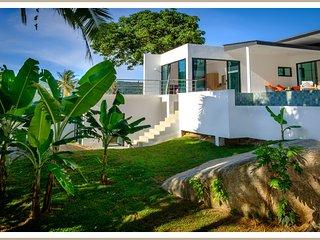 Villa neuve 4 chambres dans un paradis tropicale sans vis à vis