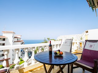Playa Arena, Authentic 3 bed. Townhouse WiFi, beach