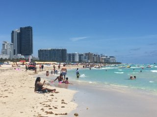 SOUTH BEACH, 3 UNITS, RIGHT BY THE OCEAN, CLUBS, RESTAURANTS, SHOPS, ATTRACTIONS