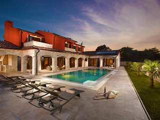Villa Monaco-Nothing can be as relaxing as a nice evening on the terrace