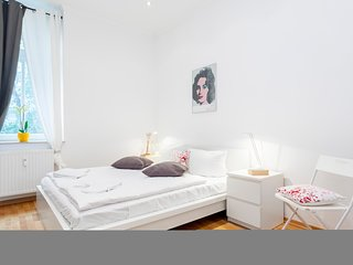 AAA+++ Lovely Apartment right in the city center of Berlin