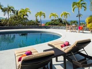 Recently remodeled Keauhou Estates 5 bedroom home with ocean views and pool.