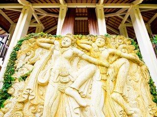 Villa Ylang Ylang - Stunning wall carving