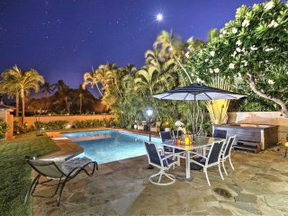 NEW! Kahala Guesthouse w/Saltwater Pool & Jacuzzi!