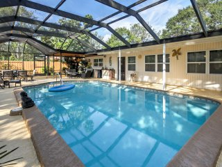 Sarasota Home w/ Private Pool & Patio Near Beach!