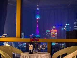 BUND 外滩 HighRise Dream Shanghai Modern Apartment