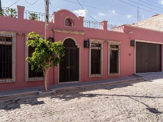 Central Ajijic New and Charming Home for Rent