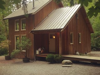 Zen River Retreat (Cabin 1)