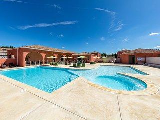 Villa 2 personnes proche Montpellier avec Piscine