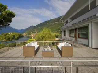 Villa Linguri villa on Lake Como to let, private Lake Como villa with AC