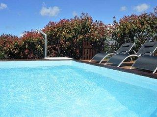 Vila com piscina privada