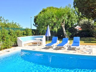 A super little villa for small parties set in a beautiful, large garden with....