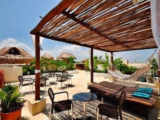 Encanto Riviera Playa del Carmen - One Bedroom (Sleeps 3) - ERPC