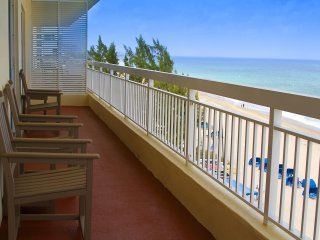 Wyndham Vacation Resort Royal Vista - One Bedroom WVR
