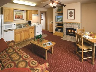 New Mexico, NM: 1 BR w/Fireplace & WiFi, Ski-In/Ski-Out Resort, Near Red River