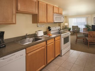 WorldMark Surfside Inn - One Bedroom Suite WVR