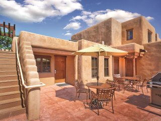 Santa Fe, NM: 1 Bedroom w/Fireplace & WiFi Outdoor Sports, BBQ Area, Golf & More