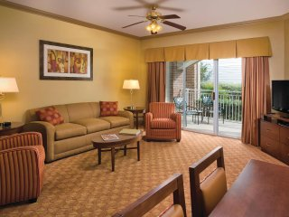 Wyndham Nashville living room