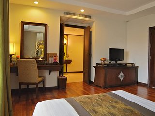 Luxury Tapae Gate Apartments Chiang Mai